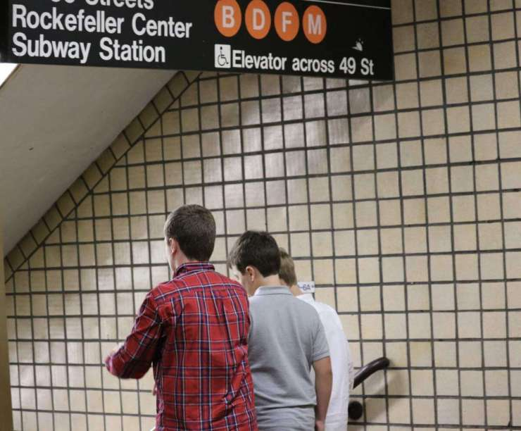 How to Save Money on New York City Travel Use a Metro Card-Kids Are A Trip
