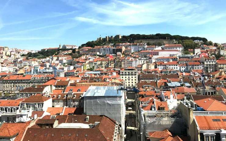 If you're headed to Portugal's capital city, go in with a plan. Here are the things to add to the list for a perfect weekend in Lisbon. - Kids Are A Trip