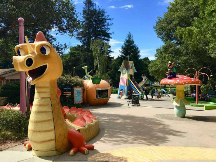 Family Friendly Things to Do in Oakland, California with kids - Childrens Fairyland-Kids Are A Trip