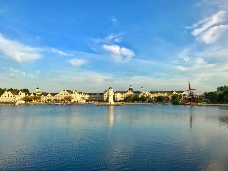 Tips for Walt Disney World Vacation at Beach Yacht Club-Kids Are A Trip