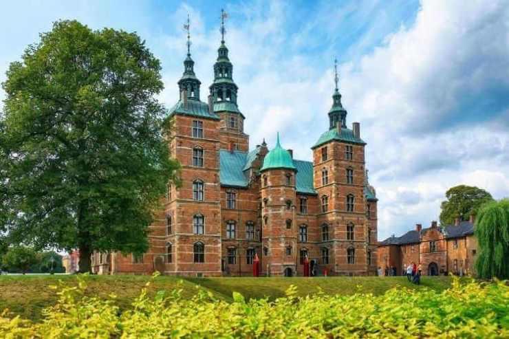 Rosenborg Slot Copenhagen castle-Kids Are A Trip