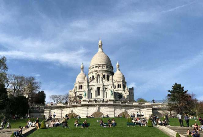 Spending time in the City of Light sounds like an amazing idea until you start digging into the logistics. We're sharing the best places to visit in Paris with kids to help you form a plan.. - Kids Are A Trip