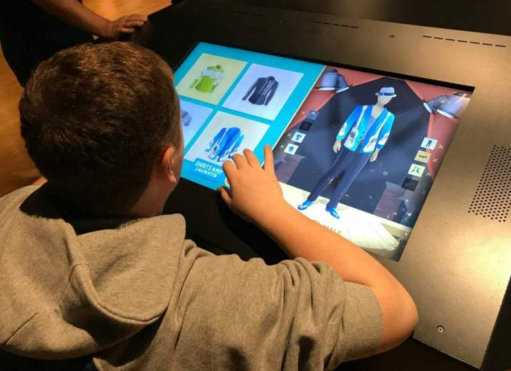 Fun Things to Do in Nashville Country Music Hall of Fame-Kids Are A Trip