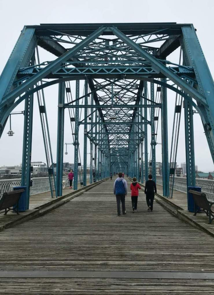 Things to Do in Chattanooga with Kids Walnut Street Bridge-Kids Are A Trip