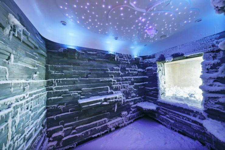 NCL_Bliss_Snow_Room-Kids-Are-A-Trip
