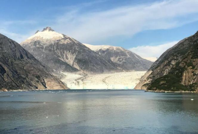 It can be difficult to know what to pack for an Alaskan cruise, but we have some great ideas. Use this list to make sure you have what you need before you board the ship. - Kids Are A Trip