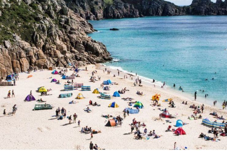 Beaches-in-Cornwall-Things-to-Do-Kids-Are-A-Trip