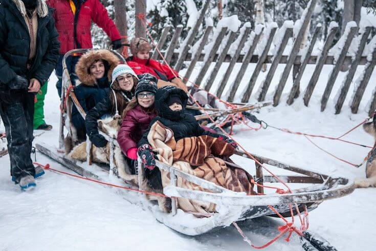 Dog-Sled-holidays-to-Lapland-Kids-Are-A-Trip