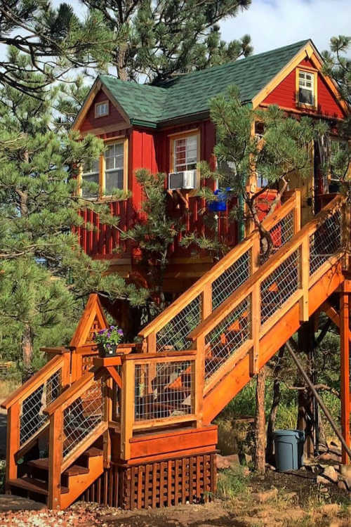 Little Red Treehouse Lyons Colorado