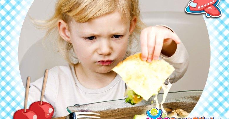 المشاكل الحسية التي تجعل الطفل يرفض الطعام