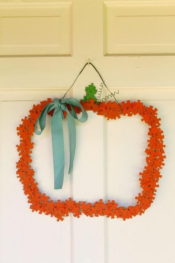 puzzle-pumpkin-wreath-1