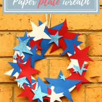 Easy 4th of July Paper Plate Weath