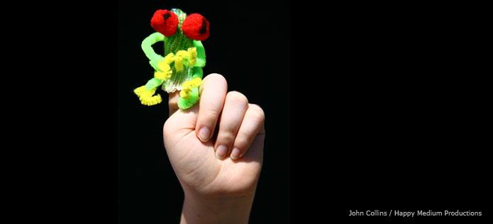 Tree frog finger puppet