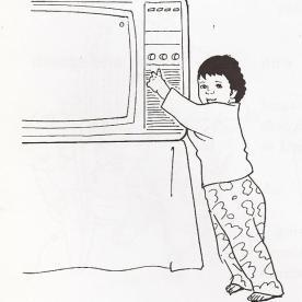 Ανοίγει την τηλεόραση