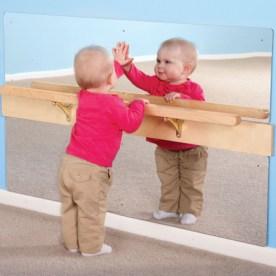 Παιχνίδια με τον καθρέπτη