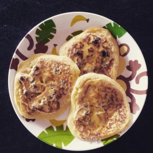 apple, sultana, pancakes