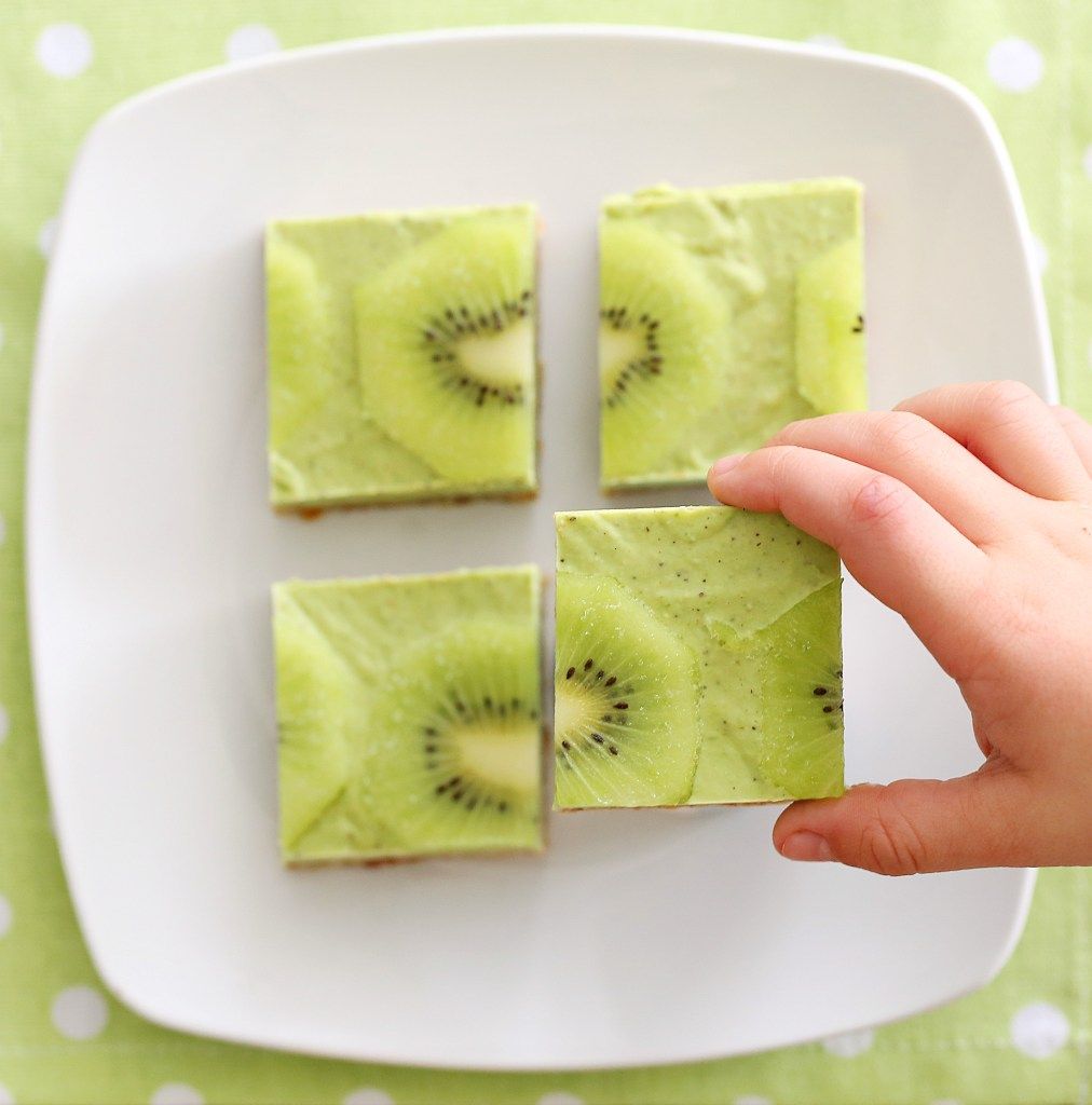 A delicious and easy no bake slice that your kids will love! With no refined sugars, no flour and dairy free its healthy and guilt free. Its a great snack that can be eaten straight from the freezer.