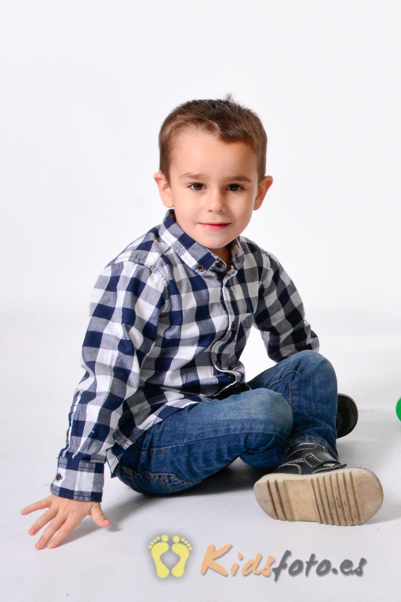 kidsfoto.es Reportaje infantil de estudio, fotografía de niños. niños fotografo de niños fotografia niños zaragoza fotografía infantil