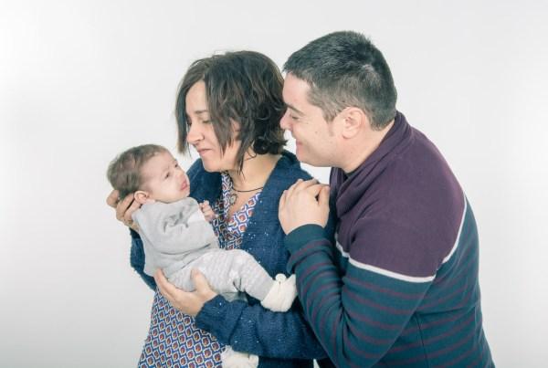 Sesión fotográfica bebé, fotógrafo niños en Zaragoza