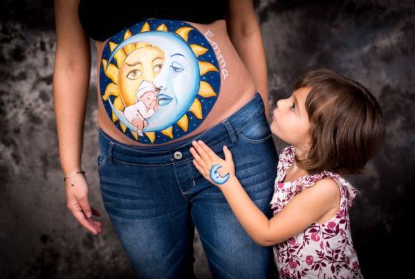 Sesión Belly Paintig + sesión fotográfica premamá en Zaragoza