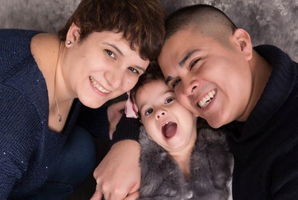 Reportaje infantil en familia, fotógrafo de niños en Zaragoza