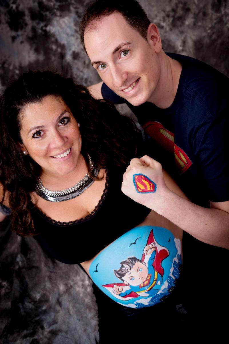 kidsfoto.es Sesión fotografía premamá. Fotografía de embarazo en Zaragoza, fotografía body paint embarazada