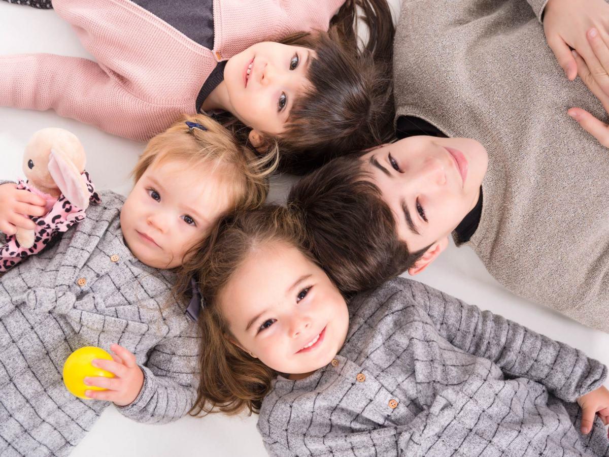 kidsfoto.es Sesión fotografía familiar, reportaje familiar en Zaragoza