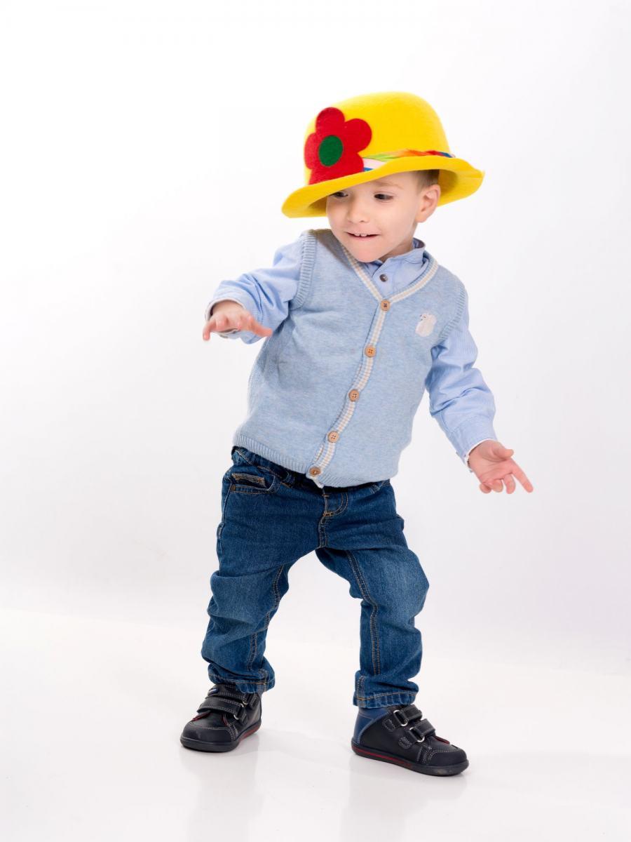 kidsfoto.es Sesión fonográfica infantil, estudio y exterior. Fotógrafo de niños en Zaragoza