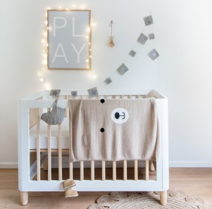 ted-the-bear-baby-blanket-cream-empire