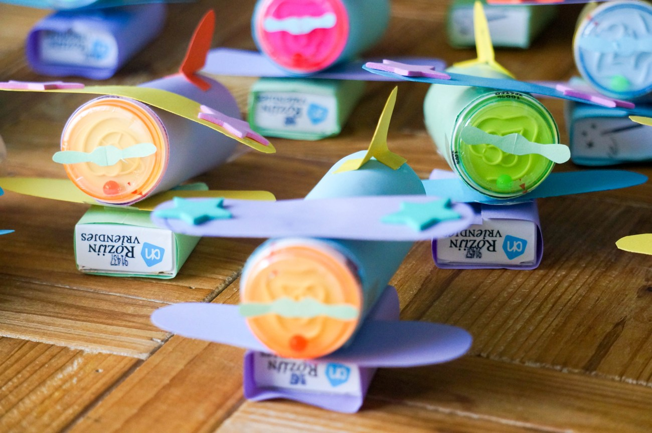 DIY Vliegtuig traktatie kinderdagverblijf (Babies Kitchen)