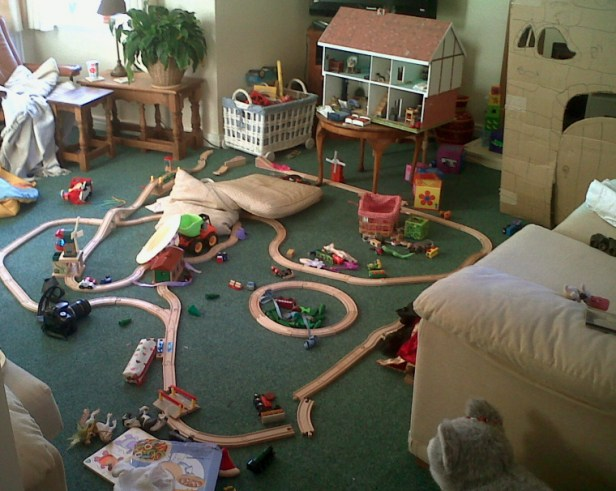 play-room-with-wooden-toys-on-floor