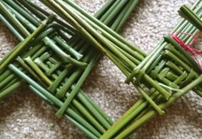 Imgae close-up-of-centre squares of brigids-cross-made-from-fresh-reeds