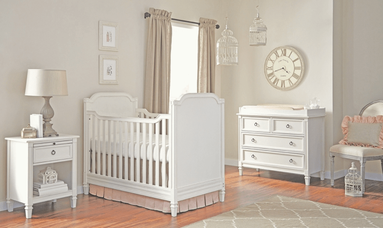 Heavenly Classic Crib in Off White  Kids Furniture In Los