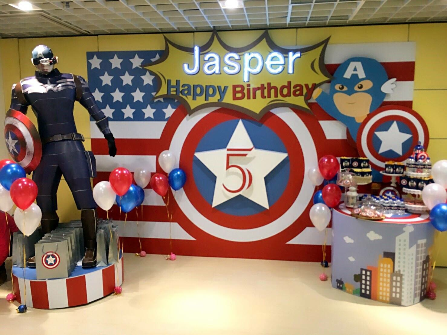 captain america table and chair set swing vancouver superhero theme mr bottle kid 39s party