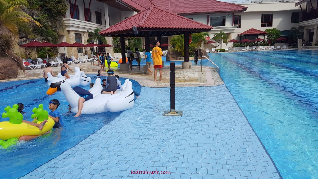Shallow walkway 2 (Safra Yishun Pool)