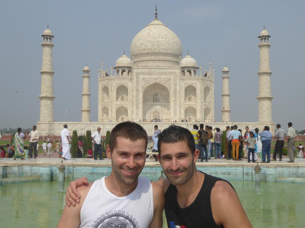 Nomadic Boys Taj Mahal