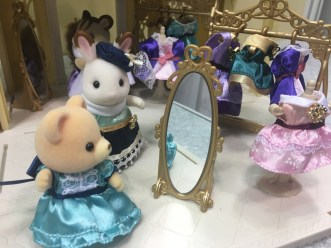 18_7_Sylvanian FamiliesCalico CrittersEpoch__IMG_1947