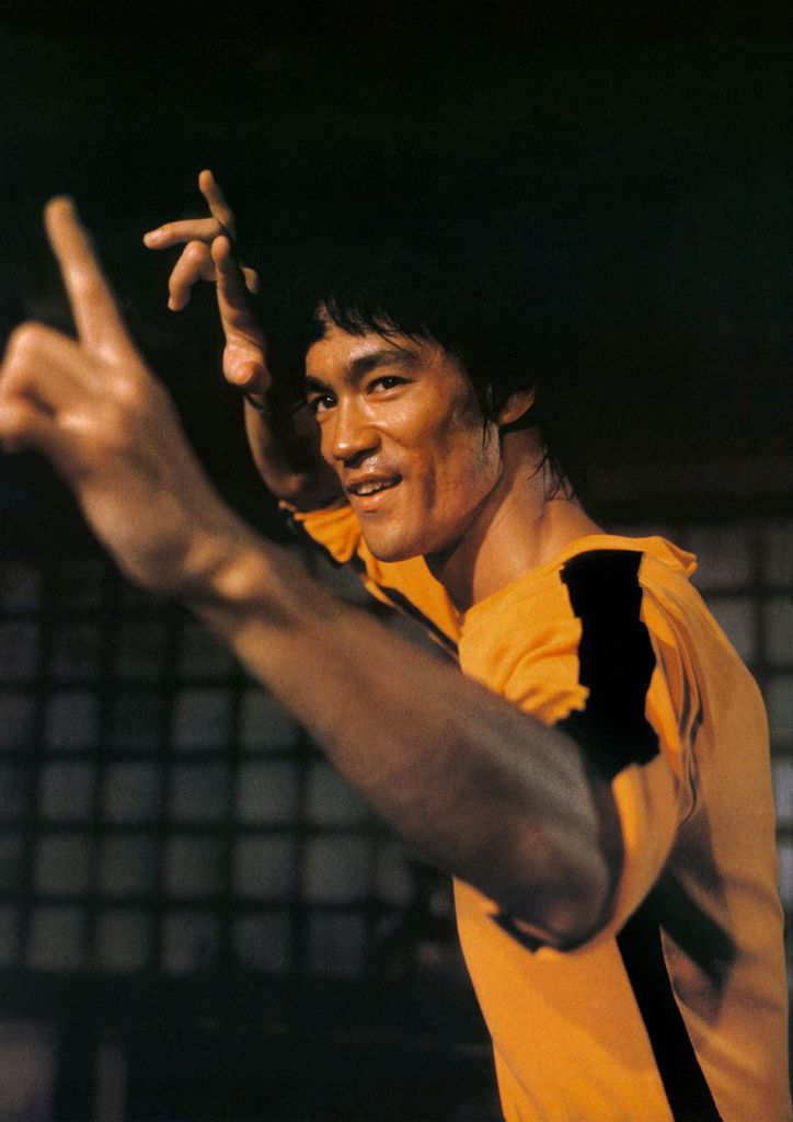 LE GRAND FOURRE-TOUT - Page 28 Bruce-Lee-in-Game-of-Death-7