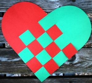 Norwegian_Christmas_Hearts- Kid World Citizen