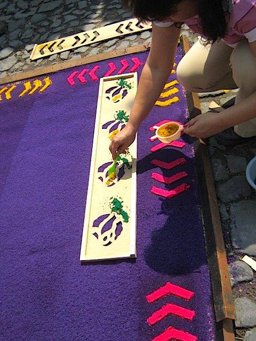 Using Stencils_to_Make Guatemalan Alfombras- Kid World Citizen