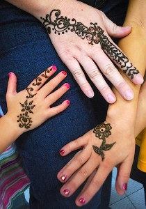 Beautiful Henna Mom and Kids- Kid World Citizen