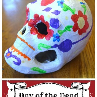 Make an Easy Skull for Day of the Dead