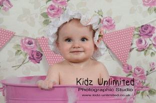 Cake Smash and Splash Photo Shoot Kent