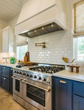 17 Blue Kitchen Cabinet Ideas To Upgrade Your Kitchen Today 17