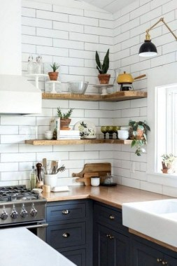 17 Chic Kitchens With Open Shelving 14