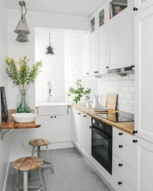 17 Small Kitchen Trends That Help Brighten The Space 12