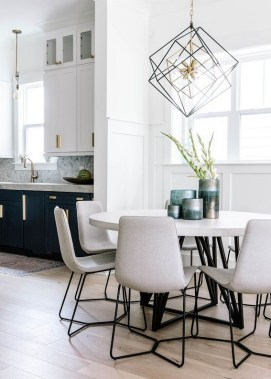 17 Stylish Eat In Kitchens That Are All The Rage Right Now 19