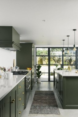 18 Green Kitchens That Will Make You Envious 17