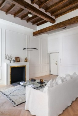16 All White Ethereal House Is A Space Efficient Apartment In Rome 10