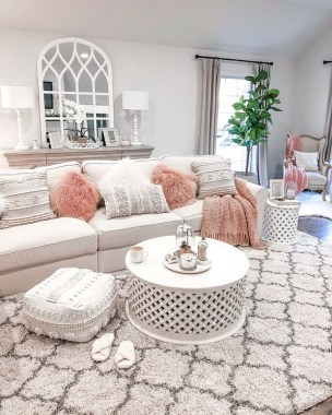 18 Fresh Feminine Farmhouse Living Room Ideas 25